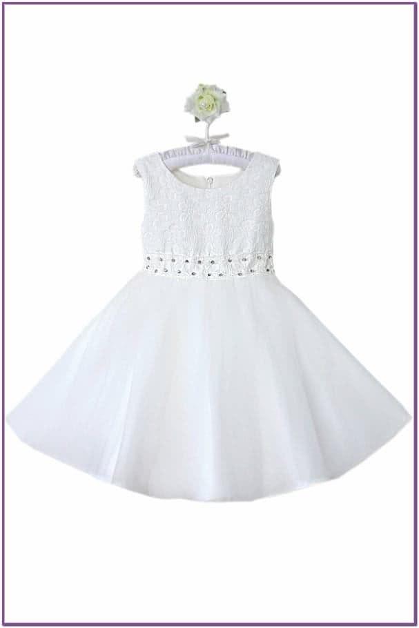 Белое платье с пайетками
