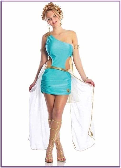 Бирюзовый костюм Богини