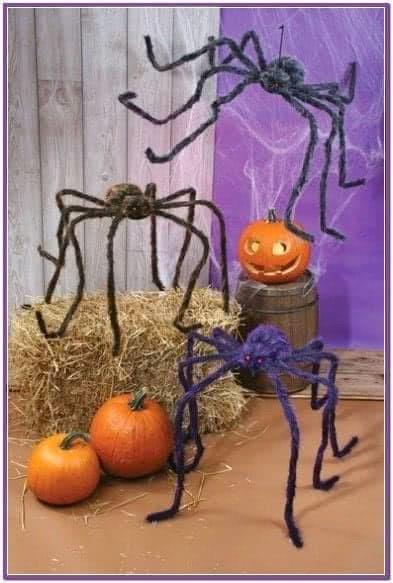 Черный мохнатый паук 200 см