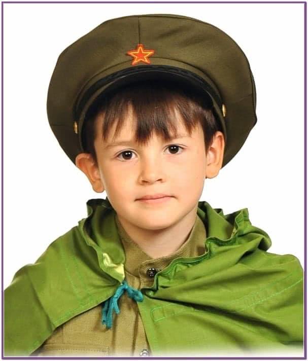 Детская фуражка командира