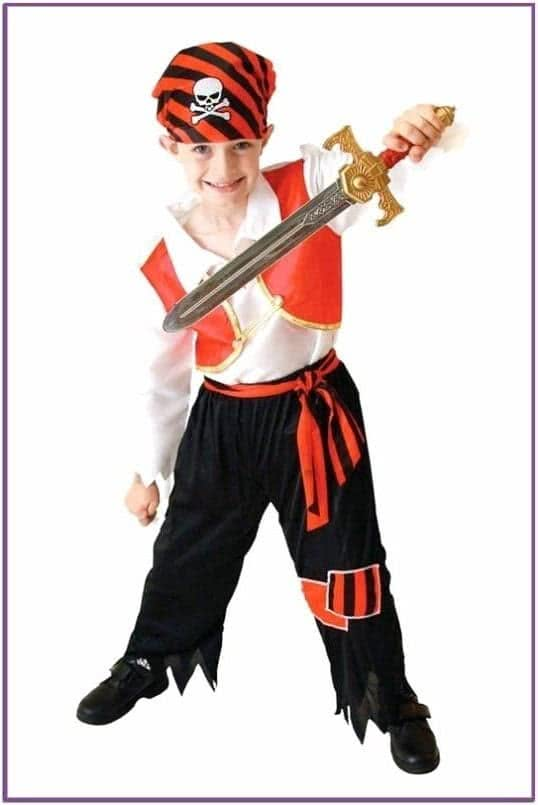 Детский костюм молодого пирата