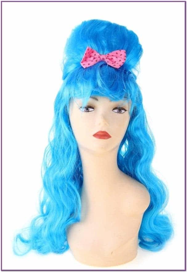 Голубой парик с начесом и бантом