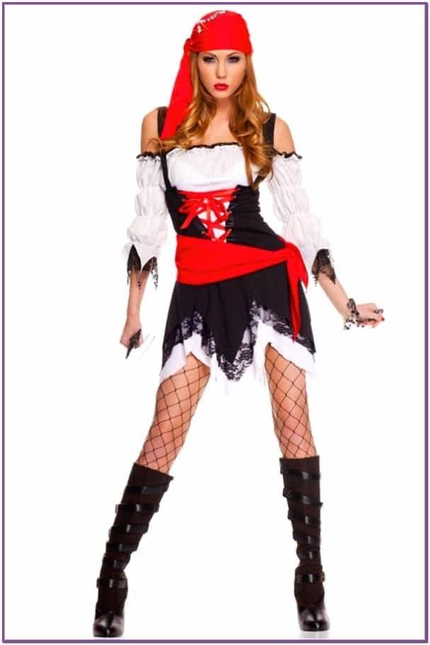 Костюм Пиратки в красной бандане