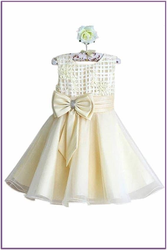 Кремовое платье для девочки