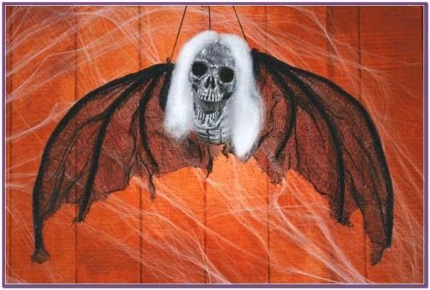 Волосатый подвесной демон