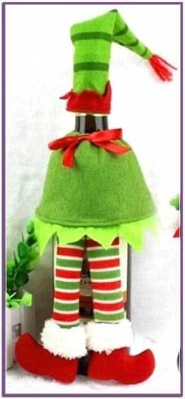 Зеленый новогодний наряд для бутылки